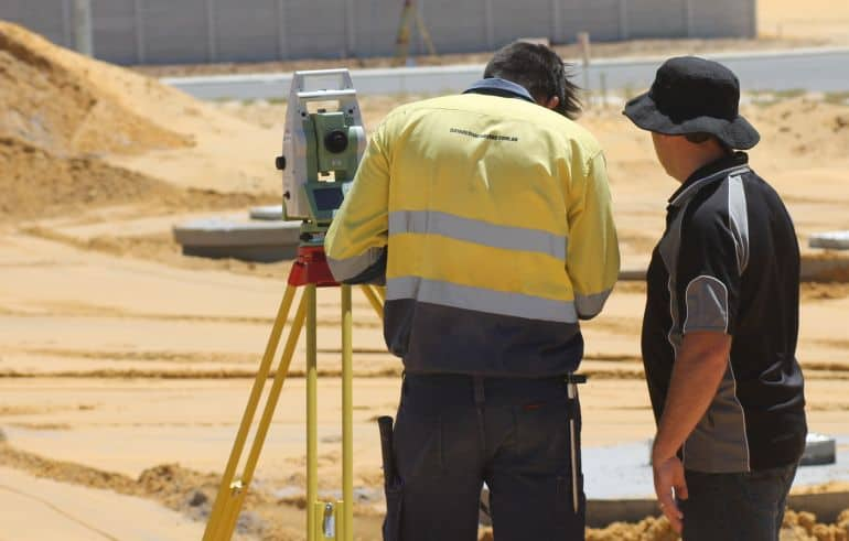opportunities for graduate surveyors in australia